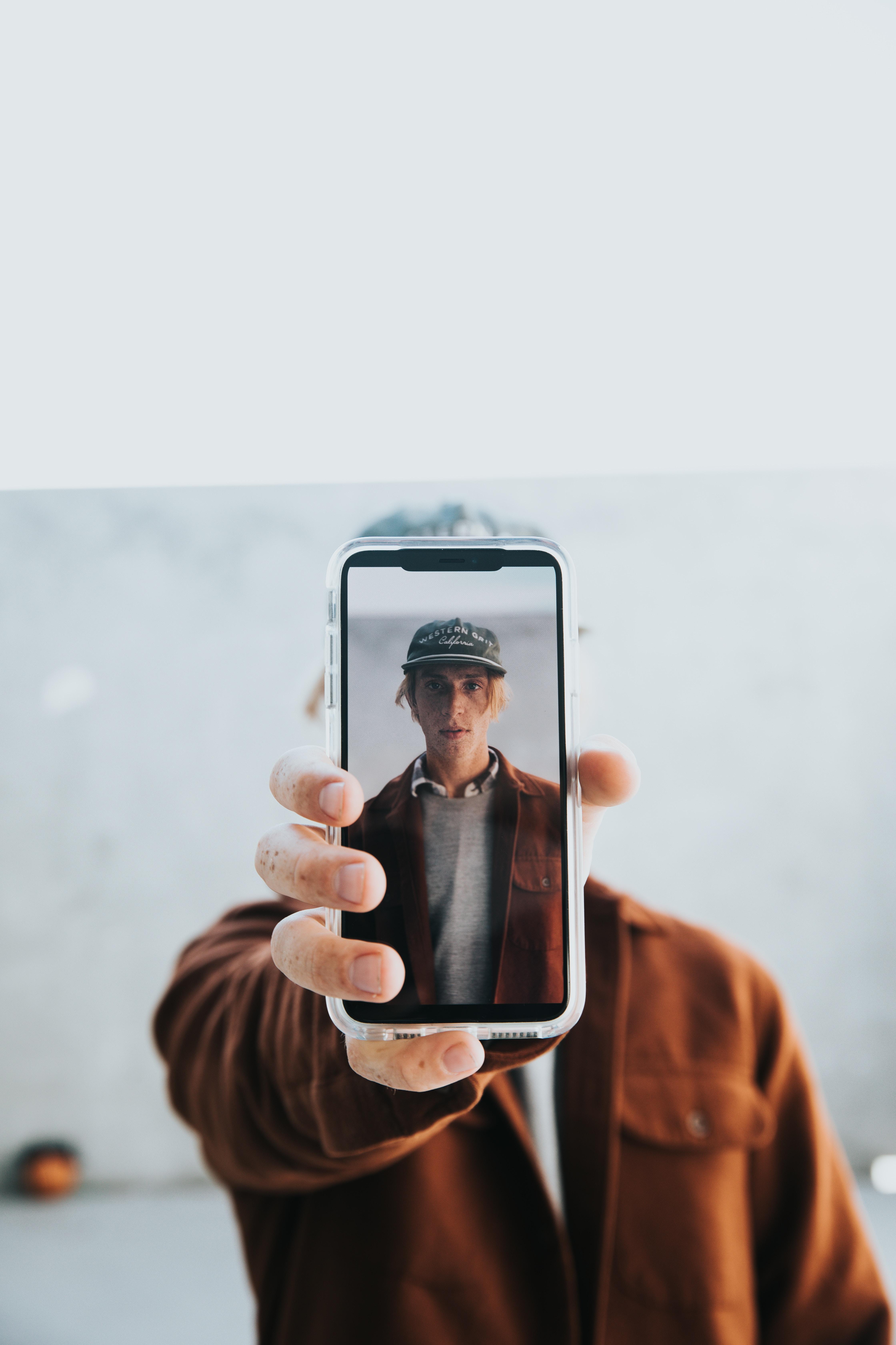Undgå smadrede front displays og ødelagt elektronik med billige mobil covers